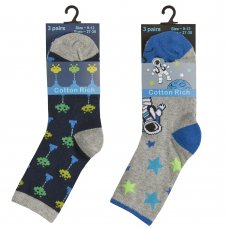 42B644: Boys 3 Pack Cotton Rich Design Ankle Socks (Assorted Sizes)