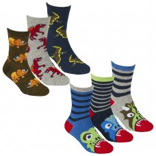 42B670: Boys 3 Pack Cotton Rich Design Ankle Socks (Shoe Size 12-3.5)