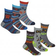 42B734: Boys 3 Pack Cotton Rich Design Ankle Socks (Assorted Sizes)