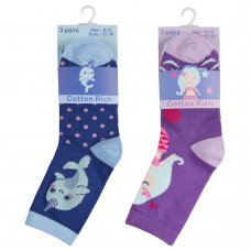 43B642: Girls 3 Pack Cotton Rich Design Ankle Socks (Assorted Sizes)