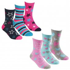 43B680: Girls 3 Pack Cotton Rich Design Ankle Socks (Assorted Sizes)