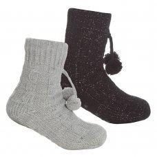 43B729: Girls Cable Lounge Socks With Grippers