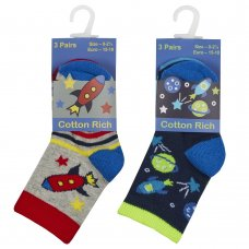 44B891: Baby Boys 3 Pack Cotton Rich Design Ankle Socks (Assorted Sizes)
