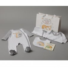 S18969: Baby Unisex Guess How Much I Love You 7 Piece Mesh Bag Gift Set With Book (NB-6 Months)