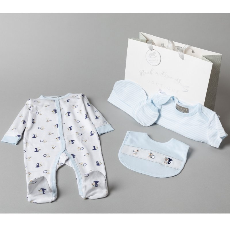 V20983: Baby Boys Musical Bears  6 Piece Mesh Bag Gift Set (NB-6 Months)