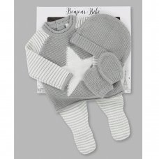 V21599: Baby Boys Stars & Stripes Knitted 4 Piece Outfit In A Gift Box (NB-6 Months)