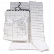 BW-112-1030W: Baby White Jacquard Wrap - Squares
