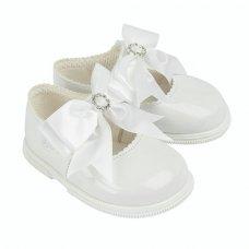H035: Baby Girls Bow & Diamante Hard Soled Shoe- White (Shoe Sizes: 2-6)