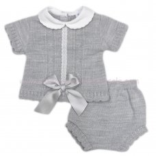 MC450G: Baby Grey Knitted 2 Piece Outfit With Bow (0-9 Months)