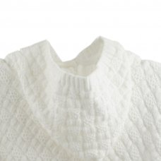 16C256: Baby White Poncho (NB-6 Months)