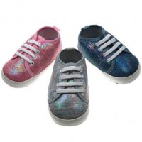 B1241: Girls Shiny Trainers (0-12 Months)