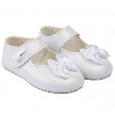 B604: Baby Girls Soft Soled Shoe-White (Shoe Sizes: 0-4)