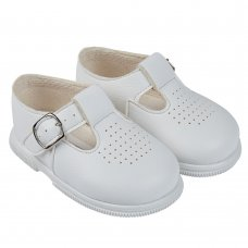 H501: Baby Hard Soled Shoe- White (Shoe Sizes: 2-6)