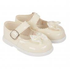 H505: Baby Girls Hard Soled Shoe- Ivory (Shoe Sizes: 2-6)